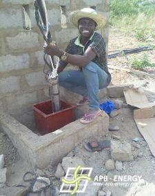 Pompe solaire école Bénin