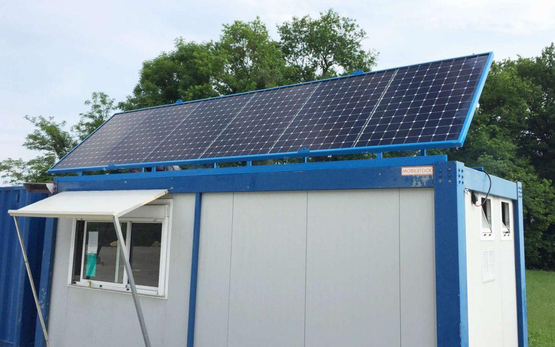 Un algeco solaire pour une alimentation électrique autonome de chantier