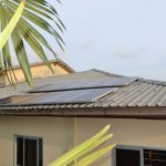 Plaque solaire photovoltaique à Kribi au Cameroun