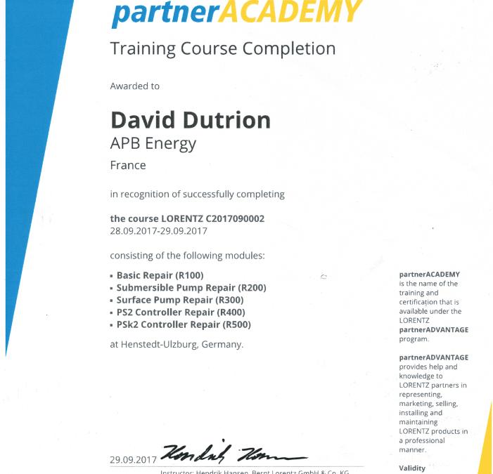 APB-ENERGY formé à la réparation des contrôleurs et pompes Lorentz